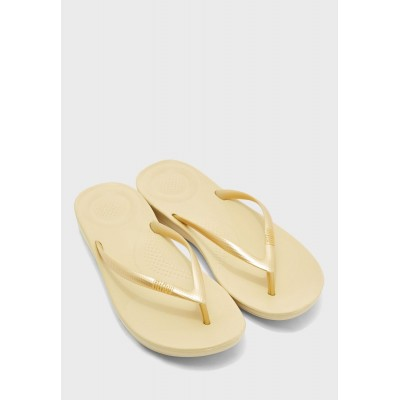 FitFlop Girl's gold Iqushion Ergonomic Thong C9WHY8657